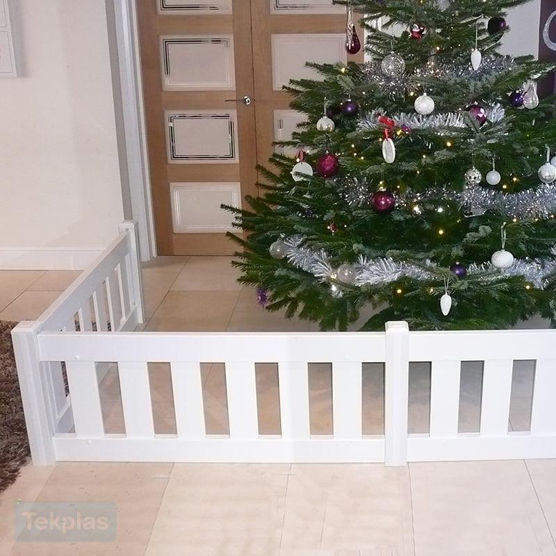 christmas-tree-fence-1