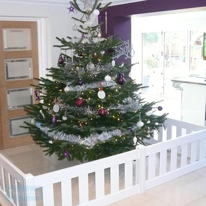 christmas-tree-fence-2