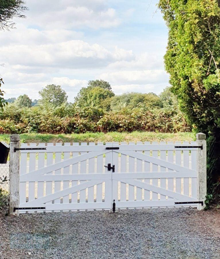PVC Double Driveway Gate by Tekplas