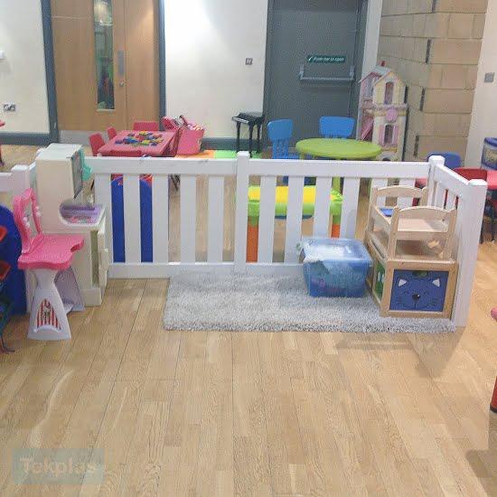 indoor plastic play area fencing
