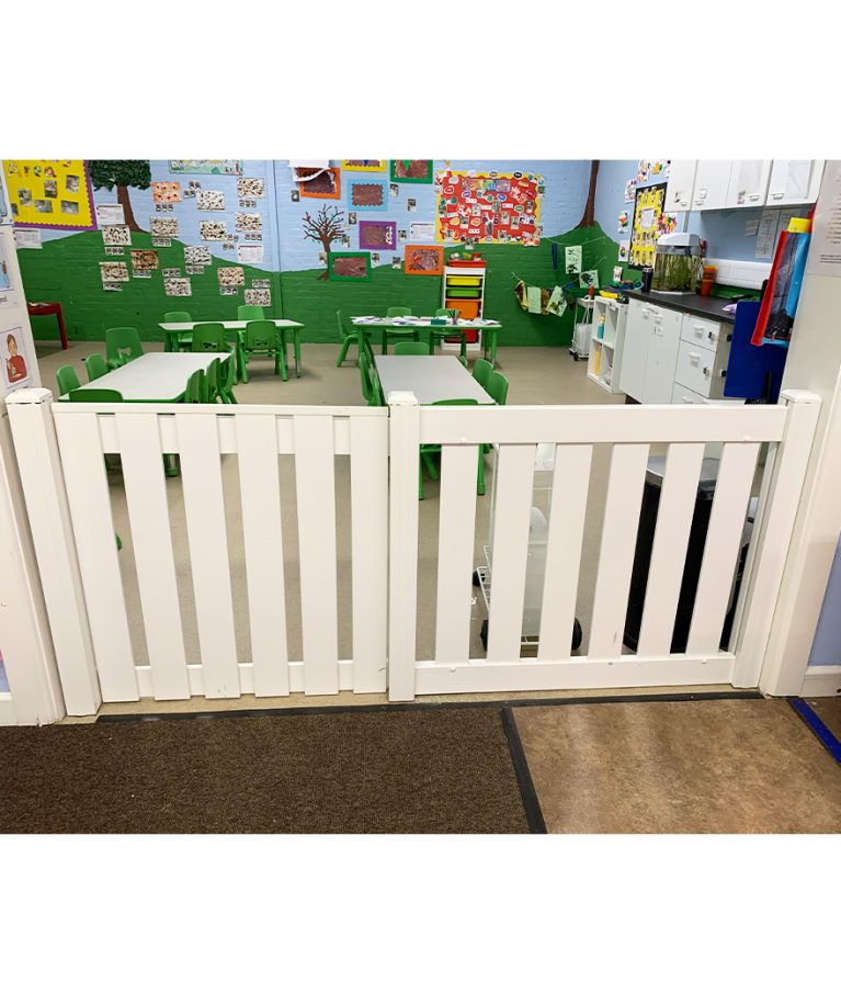 Room Divider with Gate