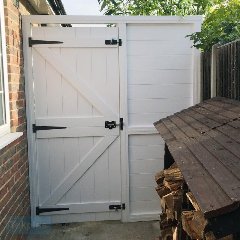 side-gate-panel-2